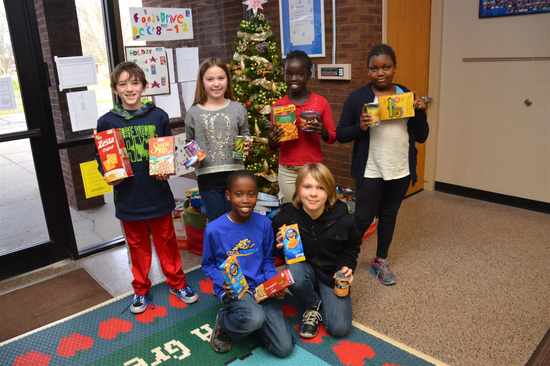 Student Leaders at Pointview Organize Food Drive to Benefit Westerville Christian