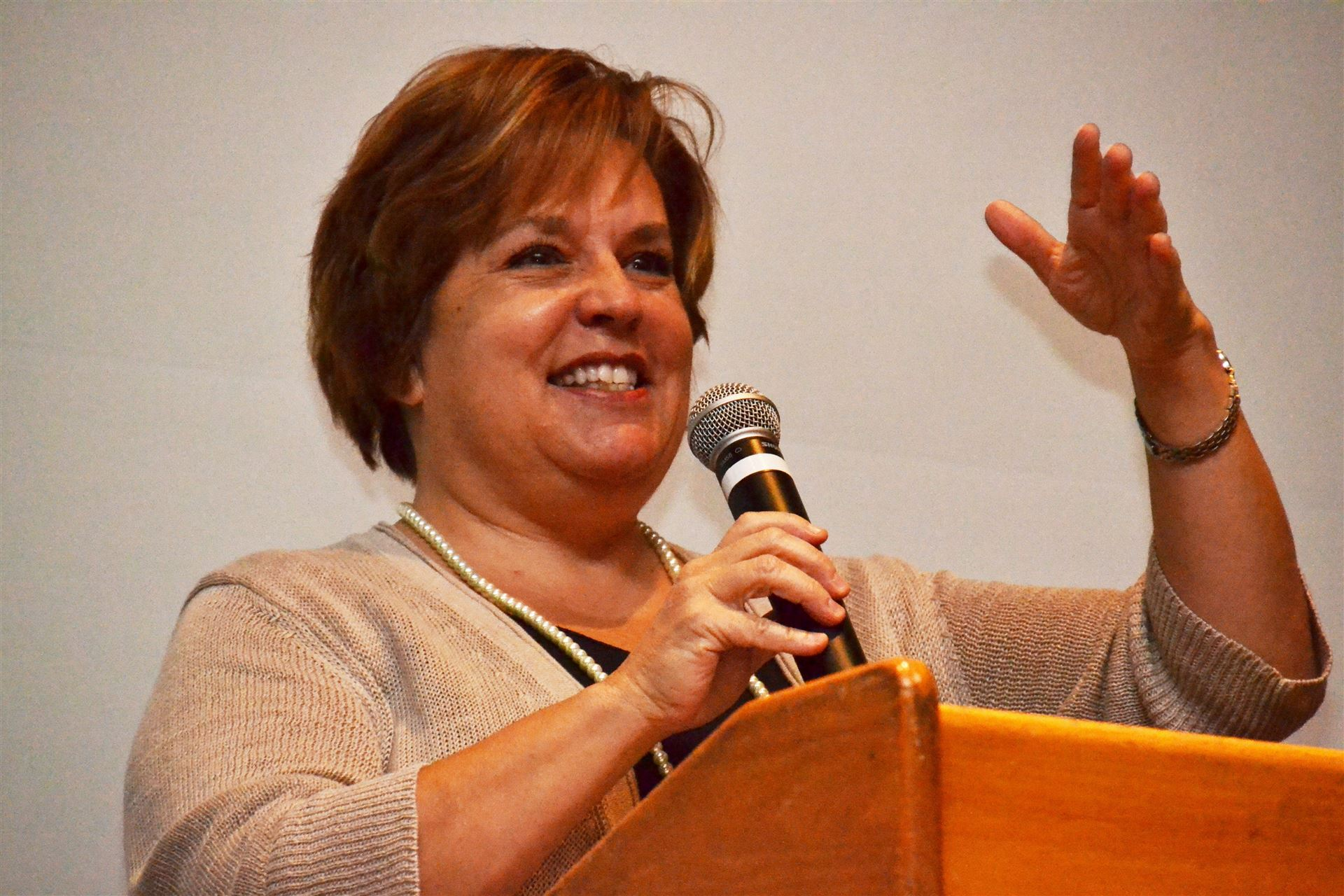 Board President Praises School Staff for Choosing to Serve