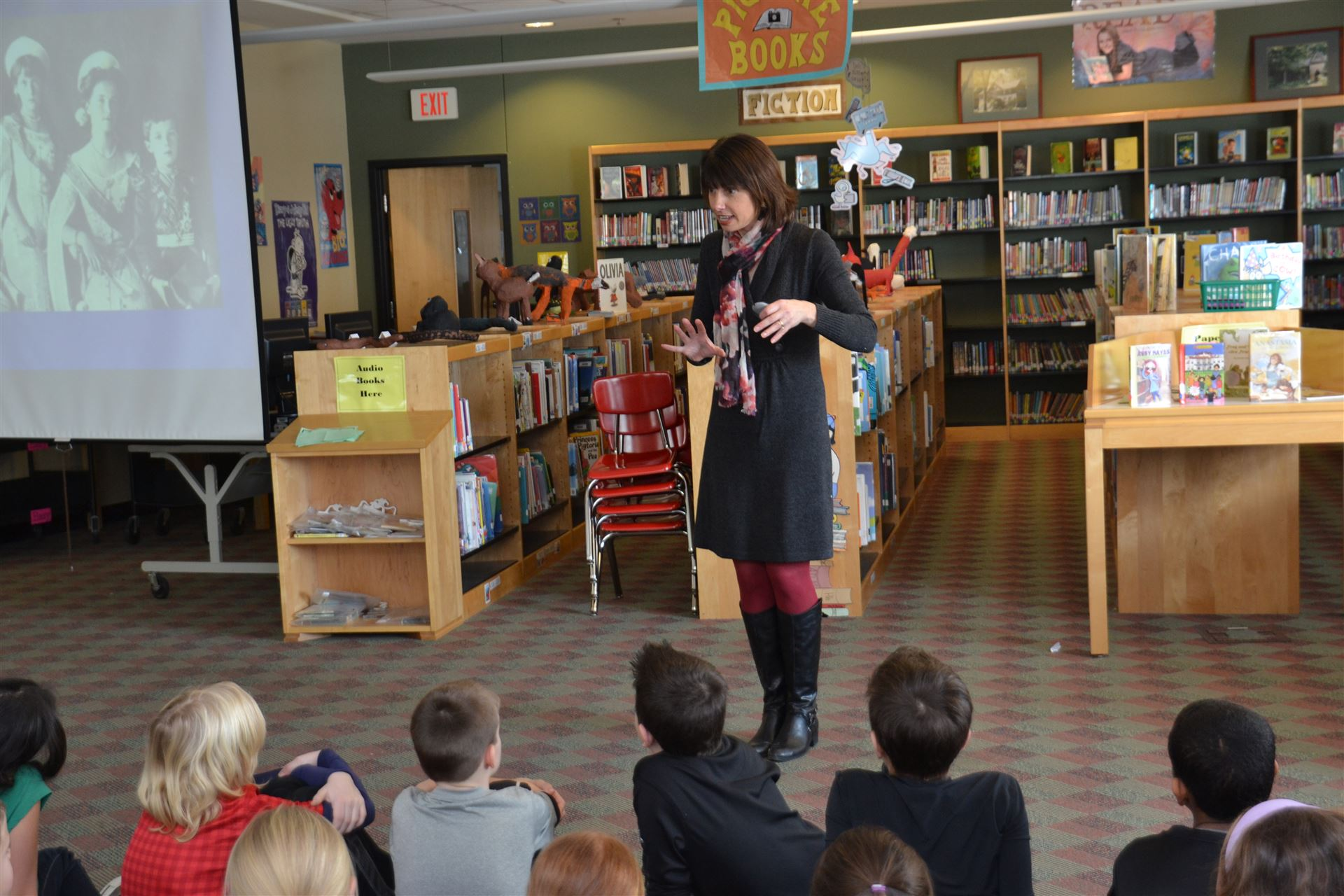 Margaret Peterson Haddix speaks with students
