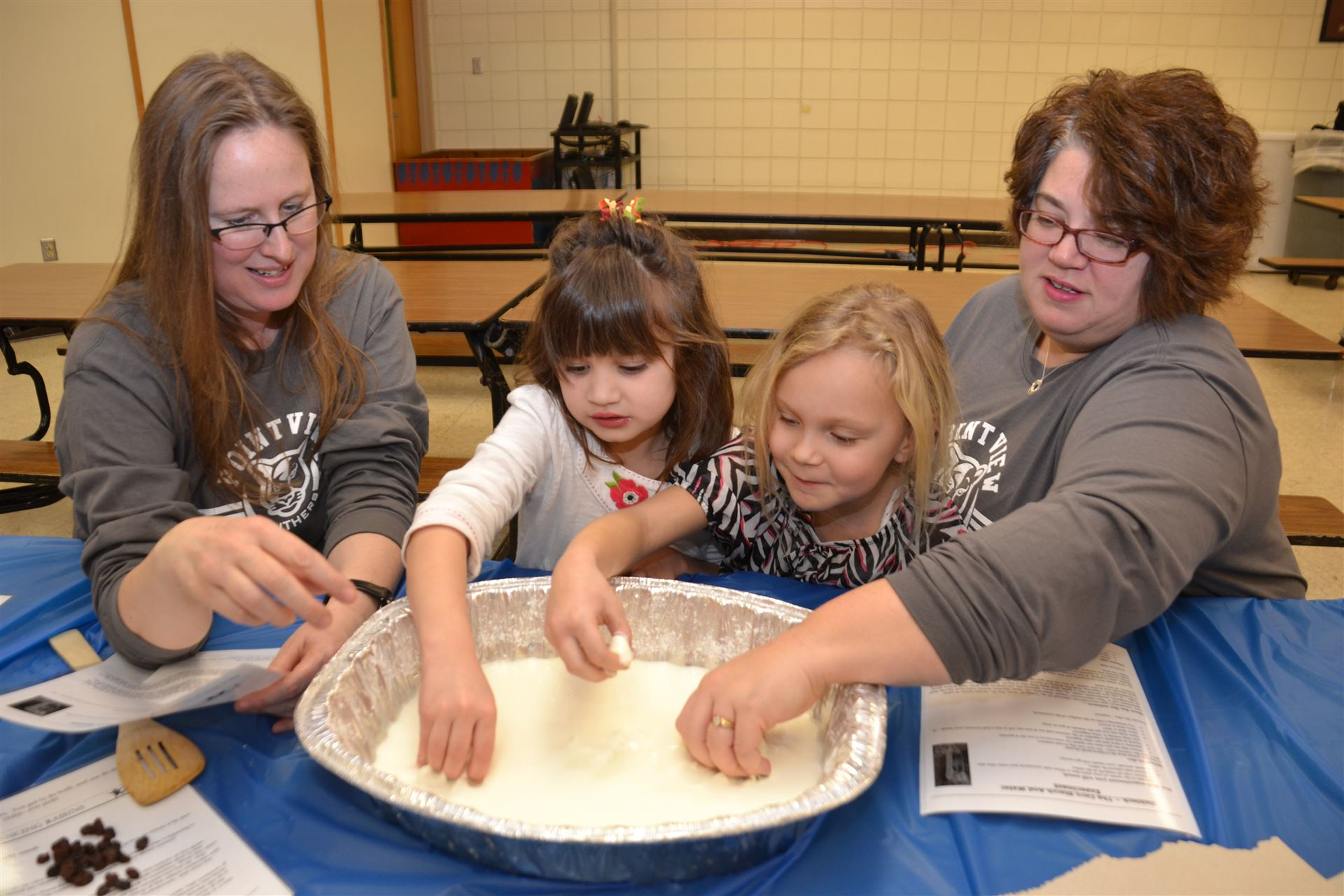 Pointview's Family Science Night Awes Attendees